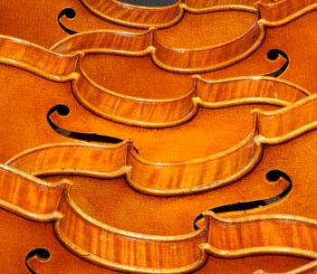Multiple violins